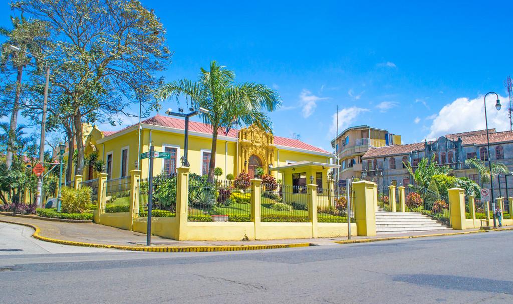 Casa-amarilla-2-Baja-1024x607-1
